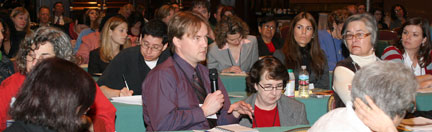 Faces of health journalists: Journalists attend a panel at Health Journalism 2007 in Los Angeles.